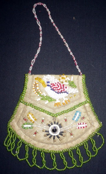whimsies-grn-purse-front.jpg